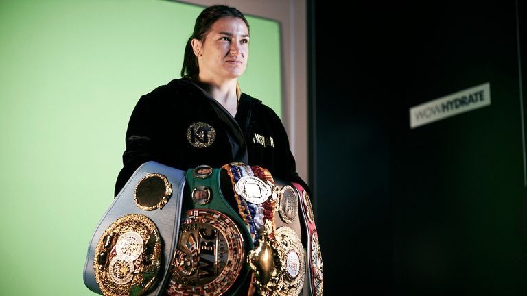 Katie Taylor, Undisputed Women's lightweight champion