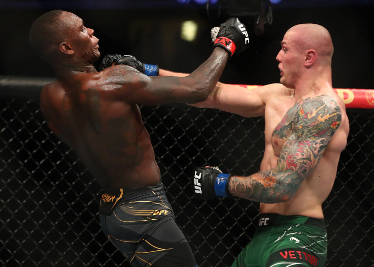 Ufc263 Marvin Vettori slips a punch on Israel Adesanya in Rematch