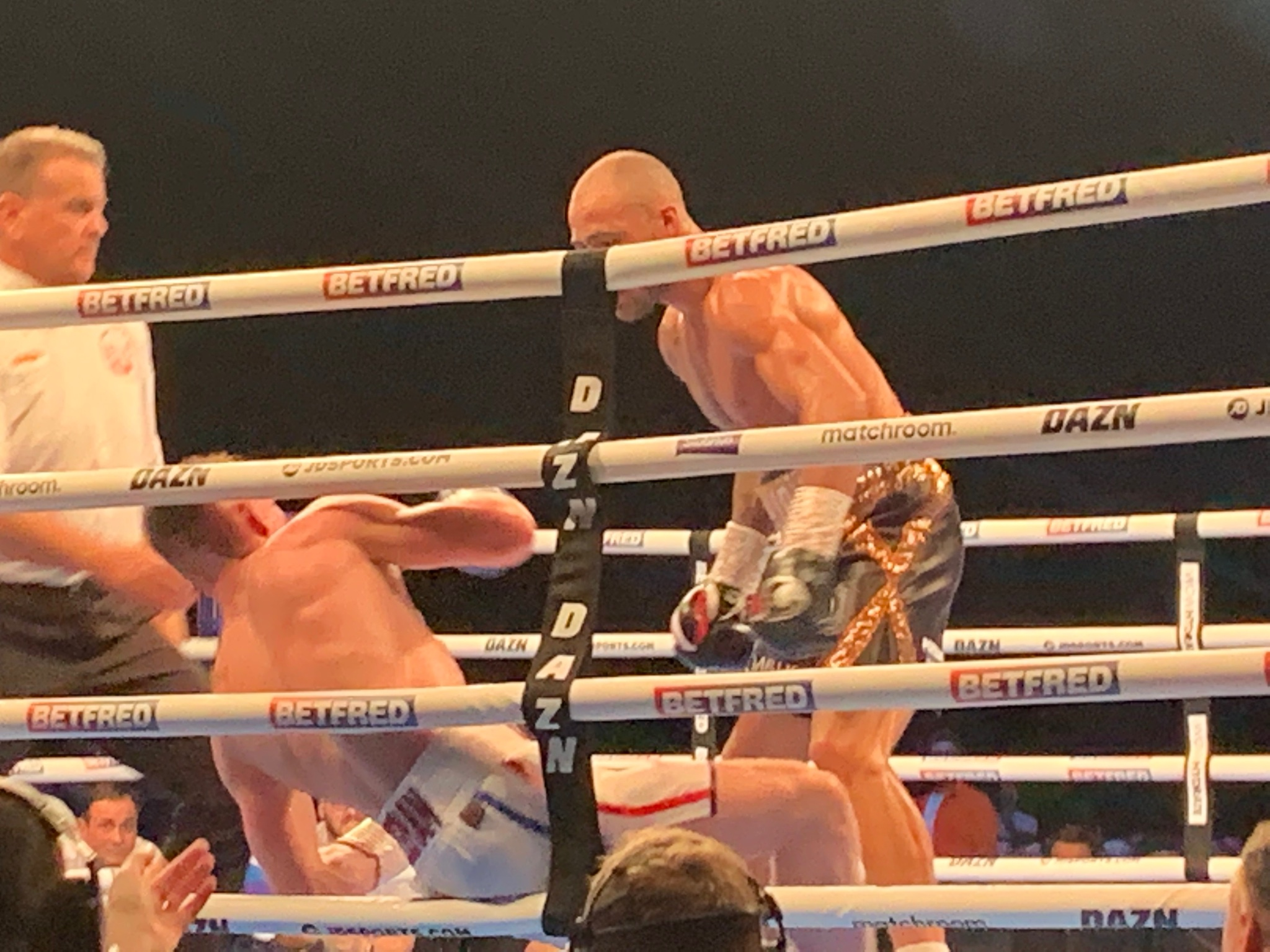 Troy Williamson Batters and Stops Ted Cheeseman KO Photo 2