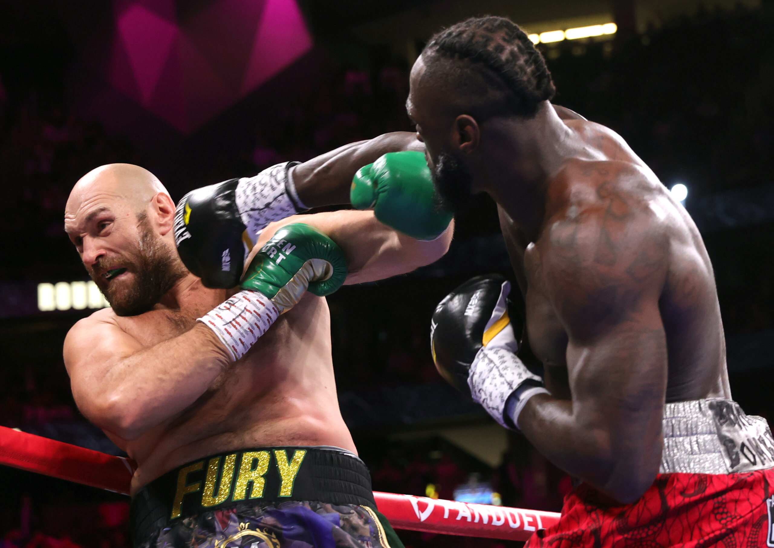 Tyson Fury defeats Deontay Wilder In Rematch Five
