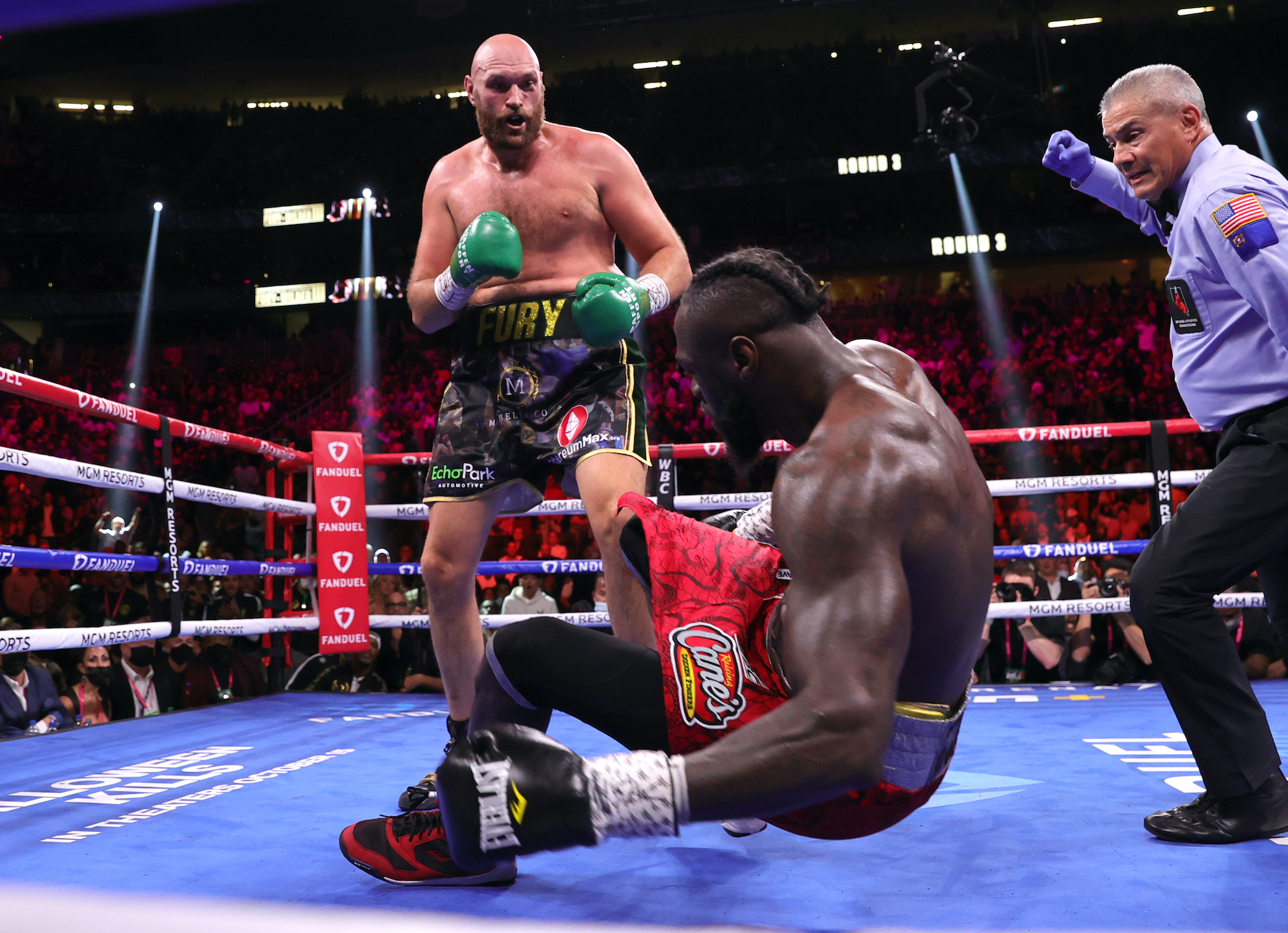 Tyson Fury defeats Deontay Wilder In Rematch Four