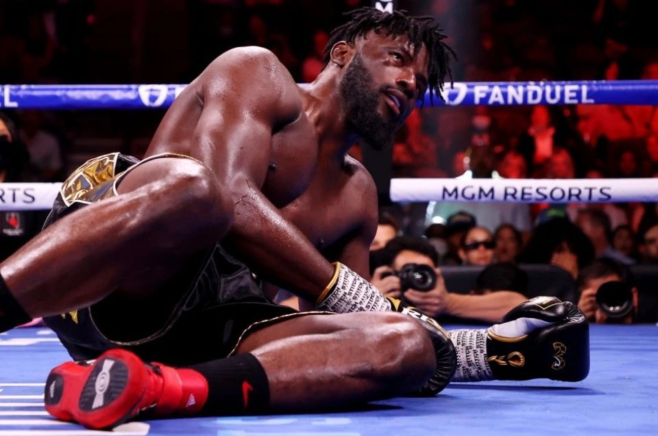 Frank Sanchez Hands Efe Ajagba First Professional Career Loss photo 10