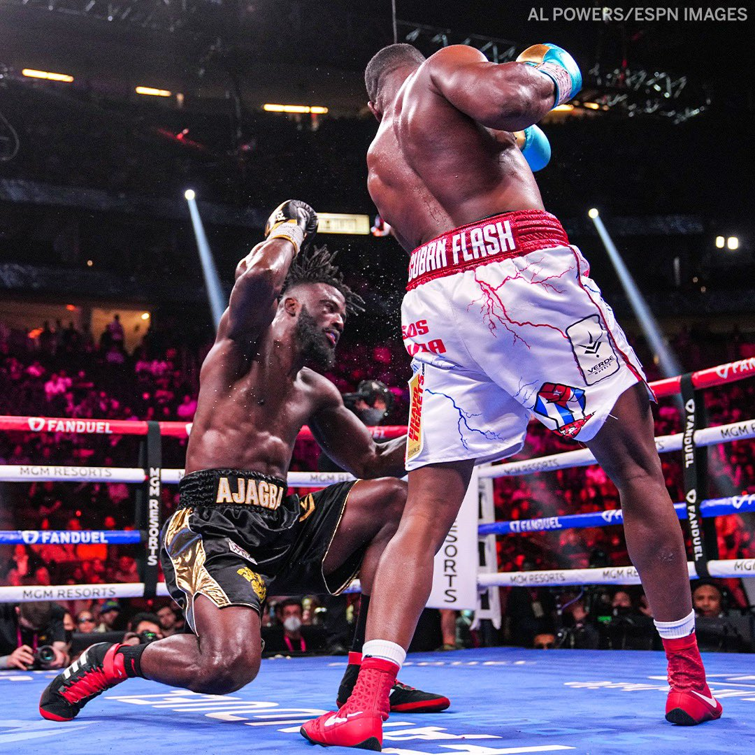 Frank Sanchez Hands Efe Ajagba First Professional Career Loss photo 9