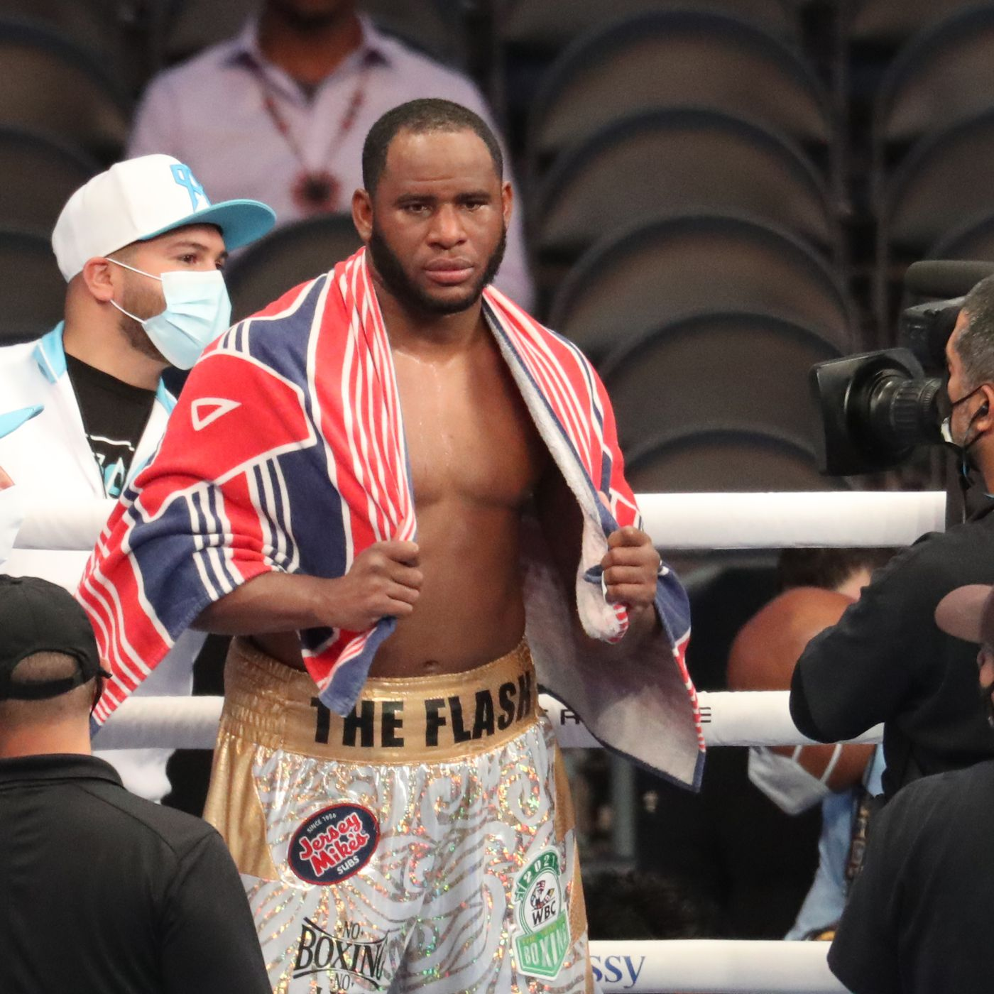 Frank Sanchez Hands Efe Ajagba First Professional Career Loss photo 12